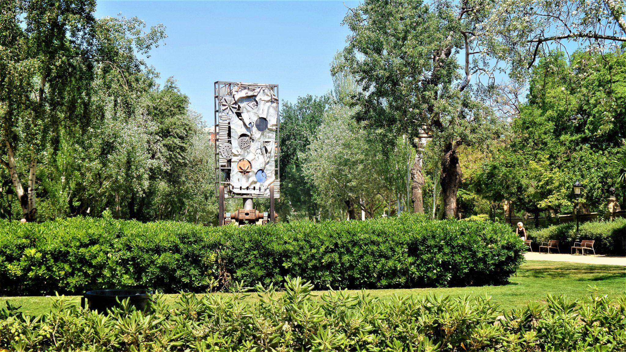 Ciutadella Park sculpture, Barcelona, Spain