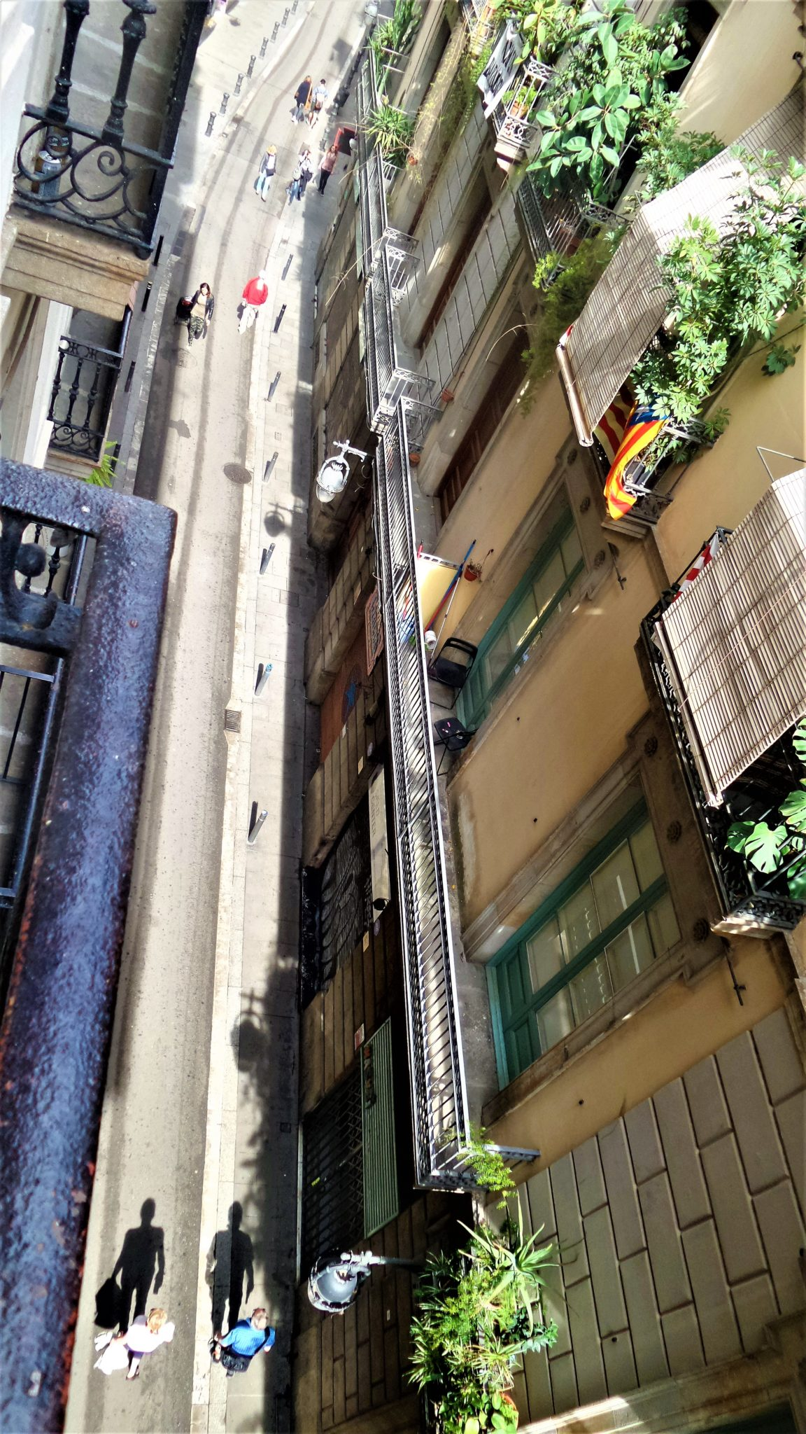Narrow streets, Gothic Quarter, Barcelona, Spain