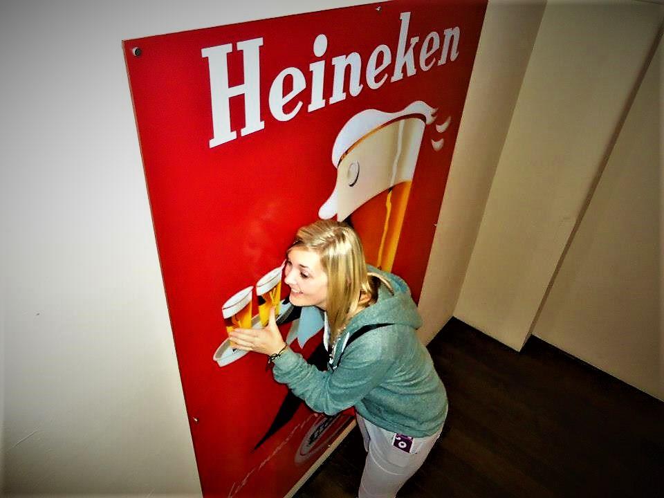 Nicola in Heineken experience, Amsterdam, Holland