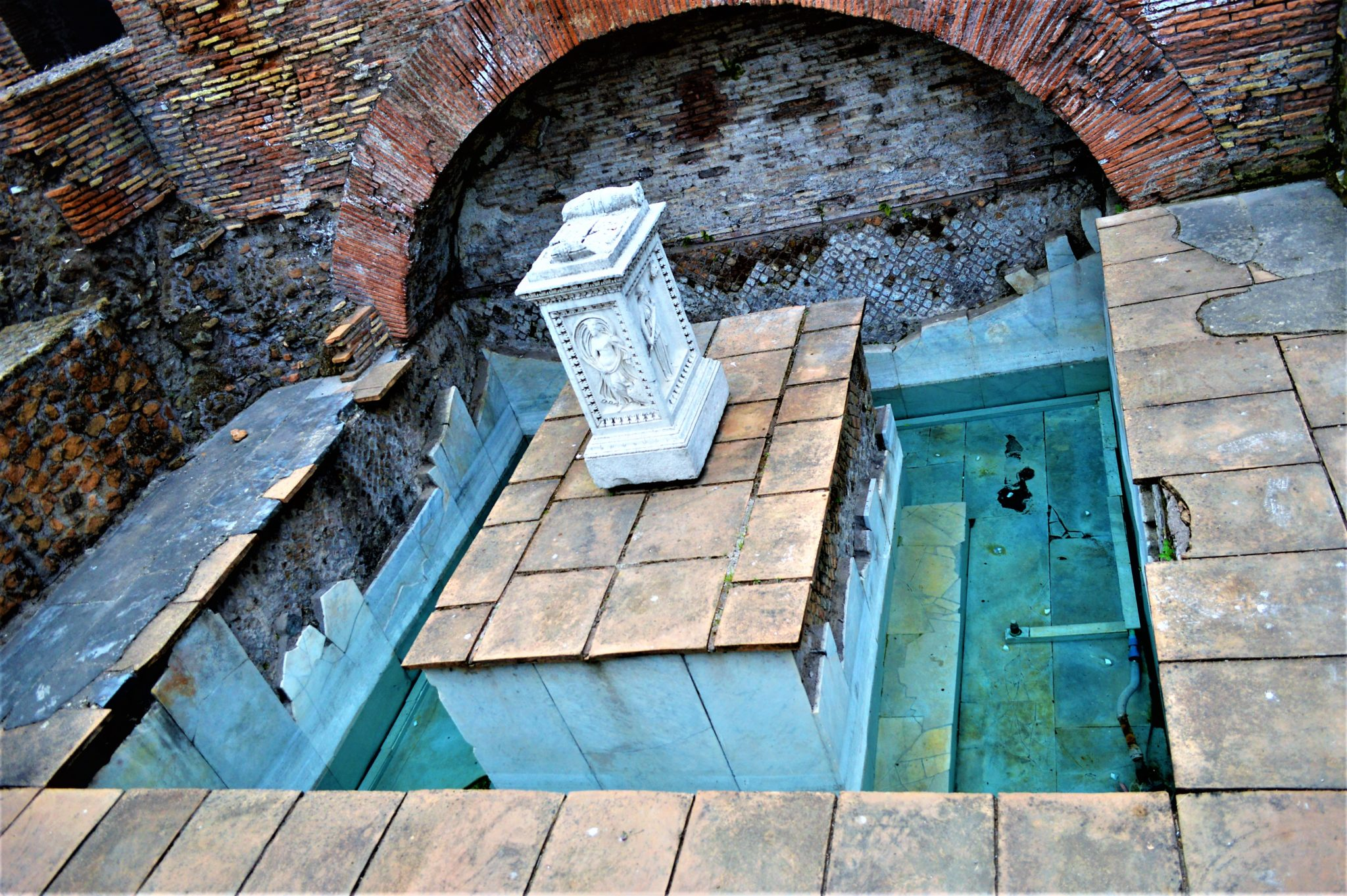 Roman bath, Roman Forum, things to do in Rome, Italy