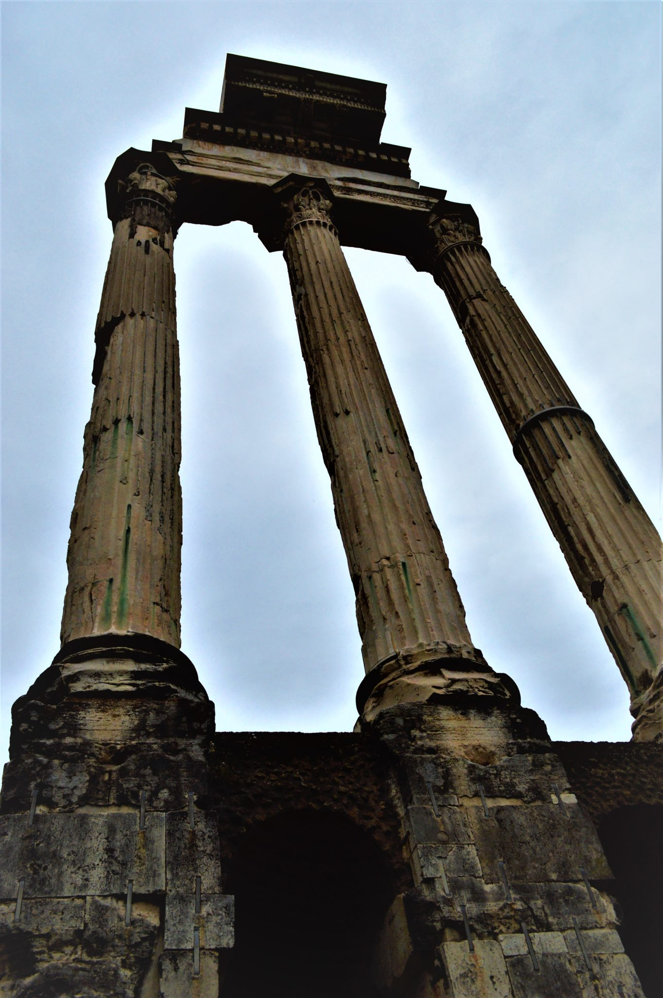 Tall columns in the Roman Forum, things to do in Rome, Italy