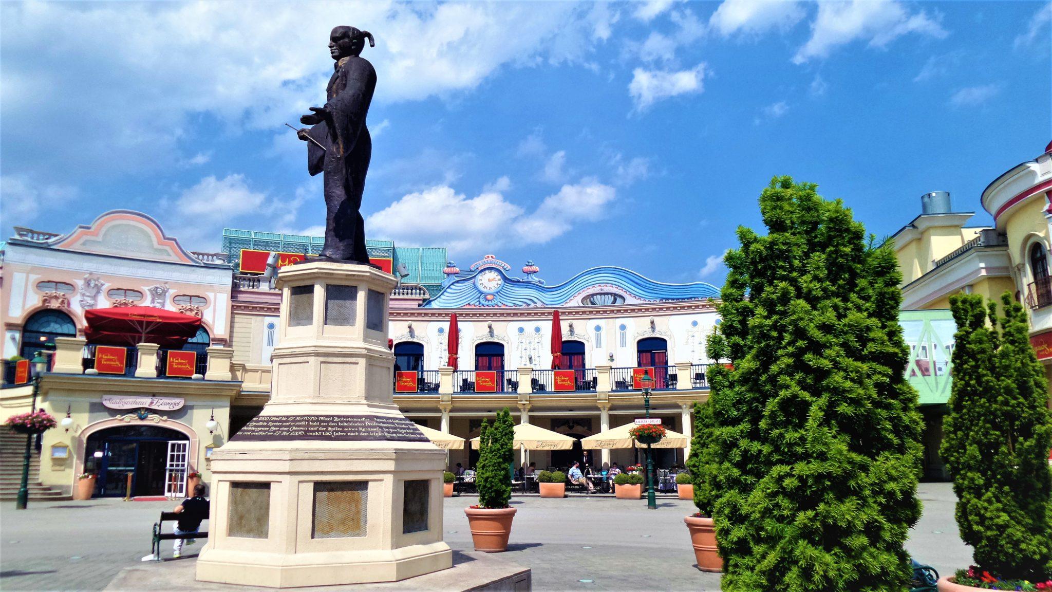 Prater statue, fiarground, Vienna, Austria