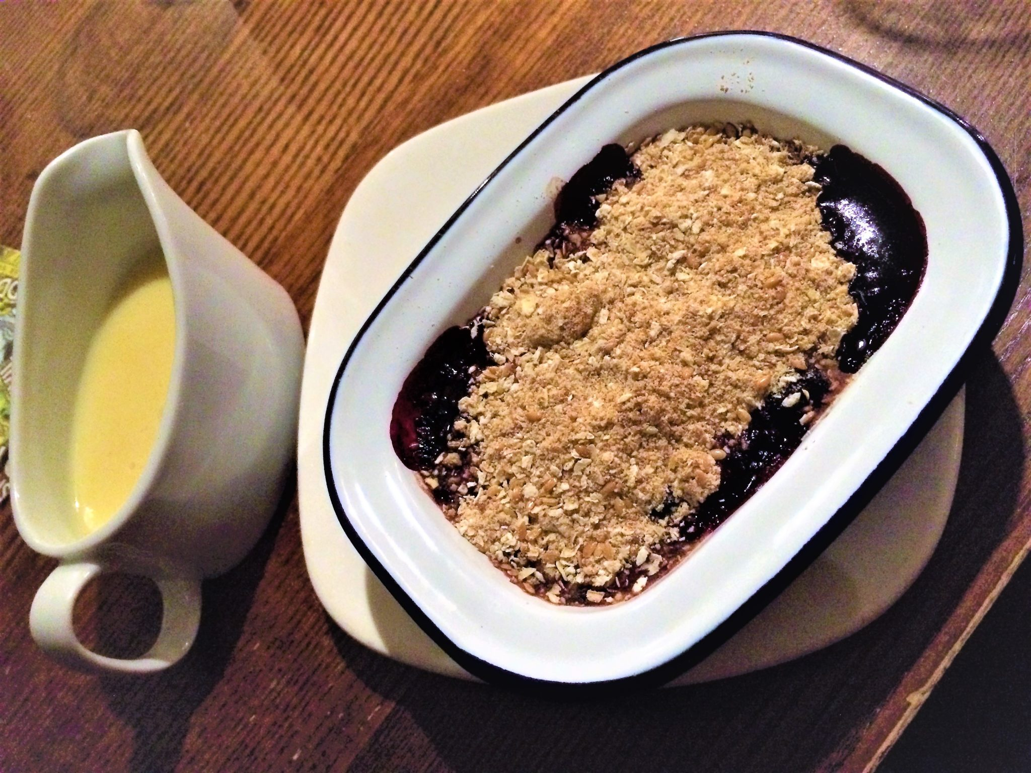 Ship Inn Ouseburn berry crumble and custard