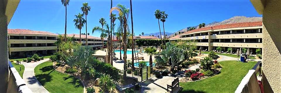 Hilton palm springs pool view room, california
