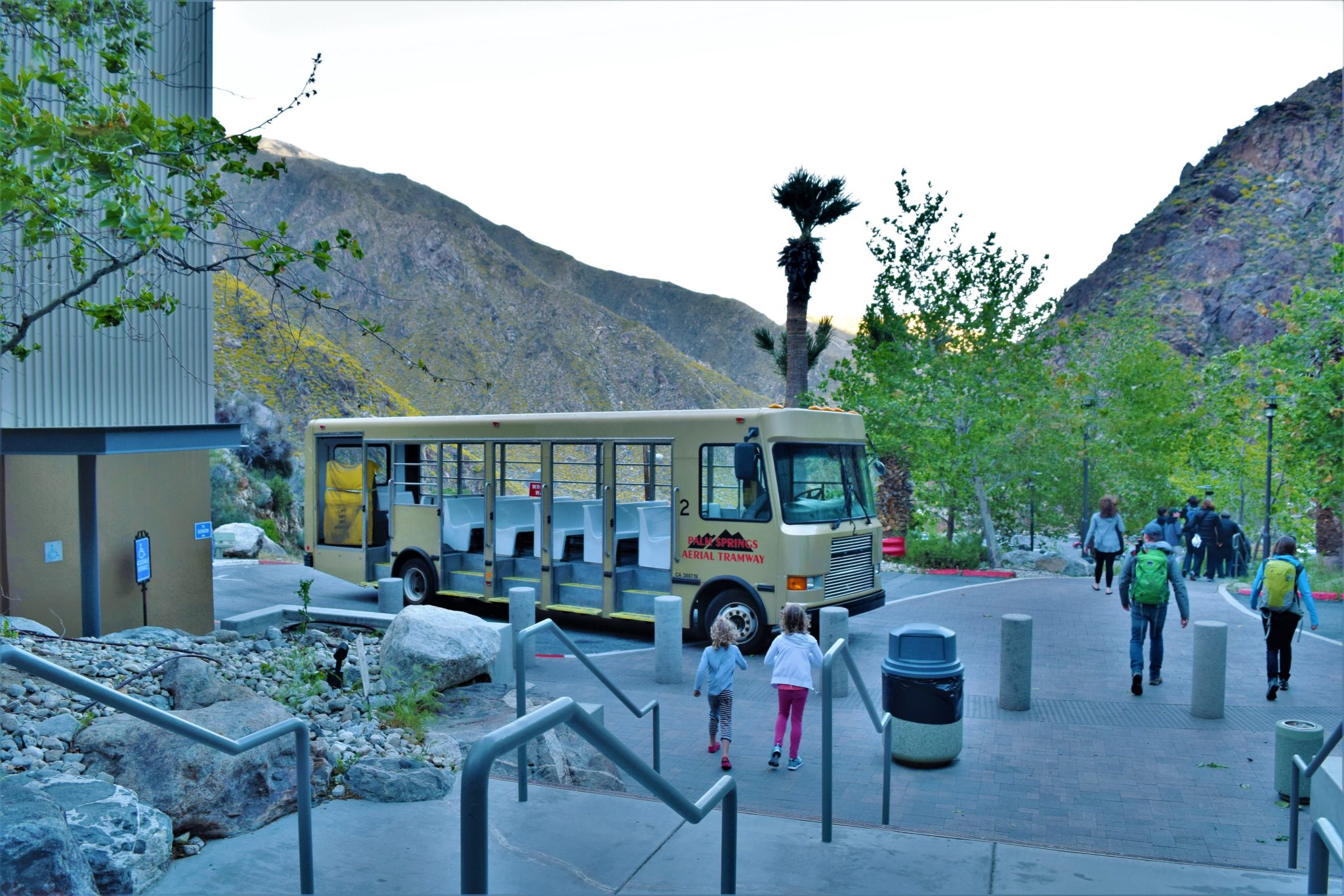 Palm Springs Aerial tramway shuttle, California