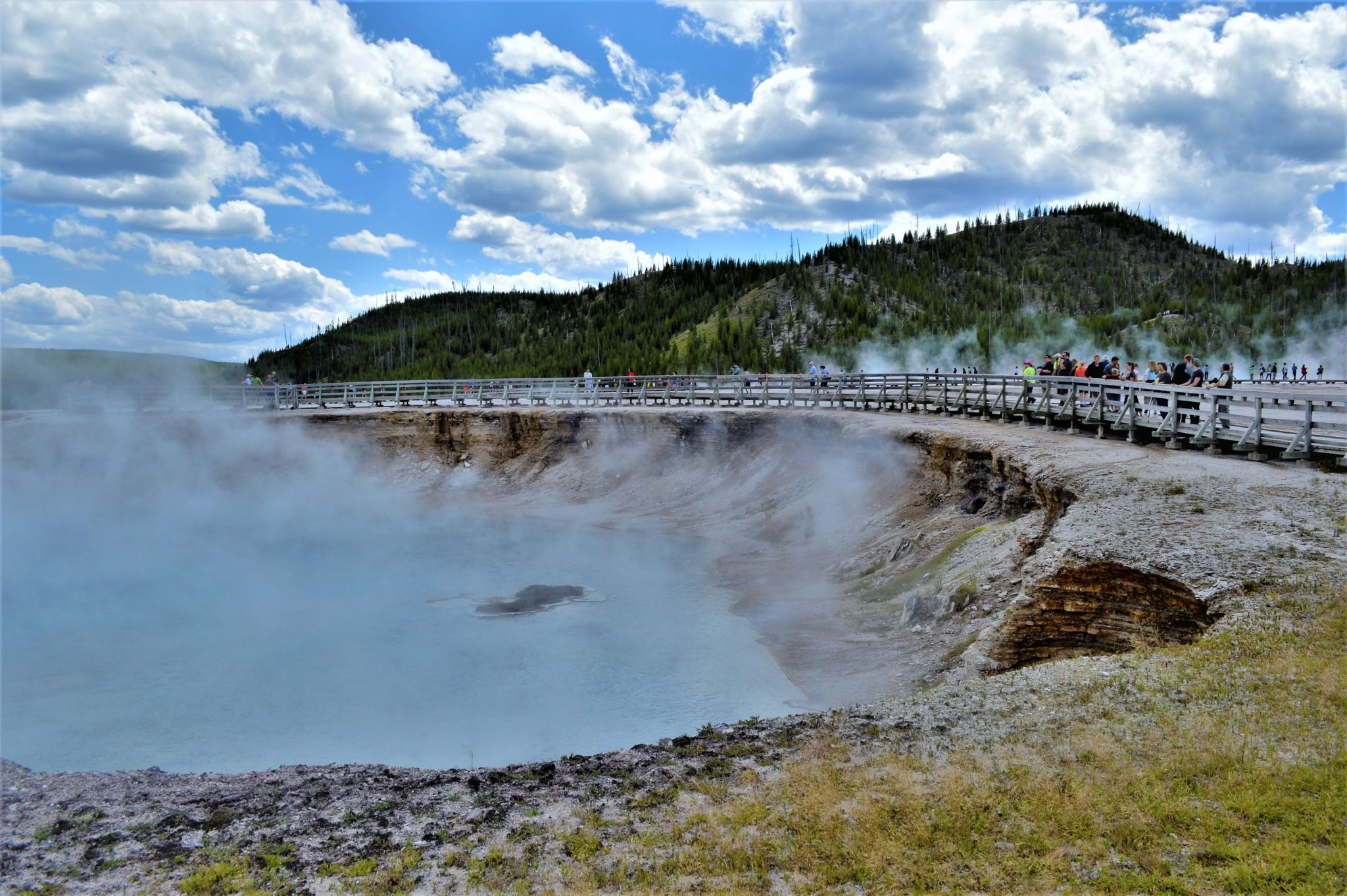 Geyser Crater, Yellowstone National Park, USa