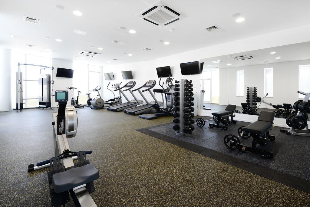 Fitness center, aparto binary hub, dublin, ireland