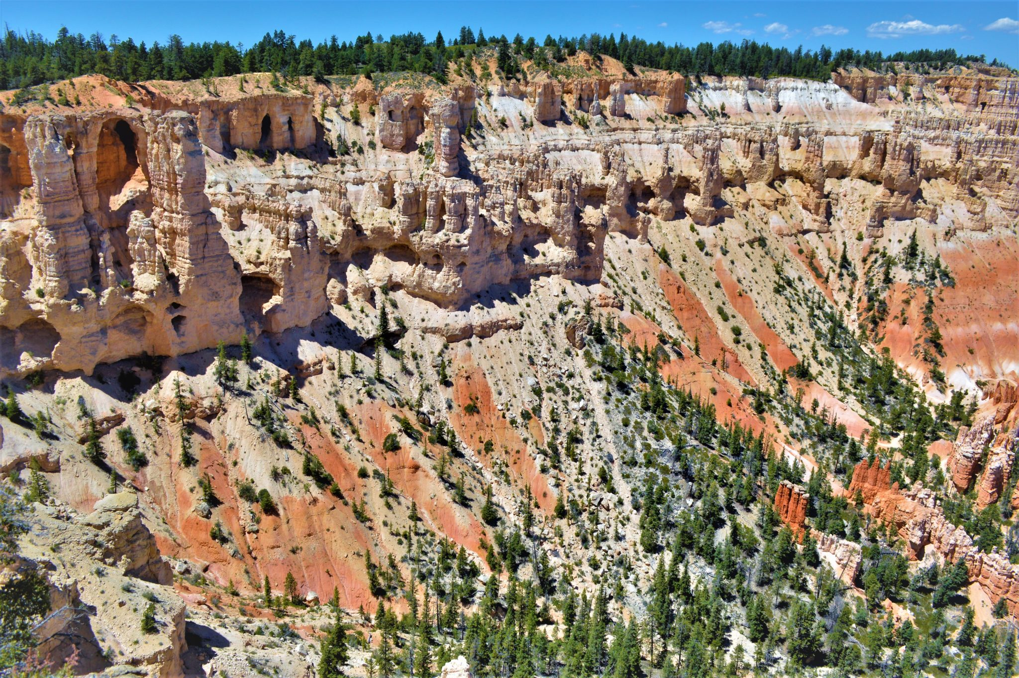 Alien rock formations at Bryce Canyon National Park