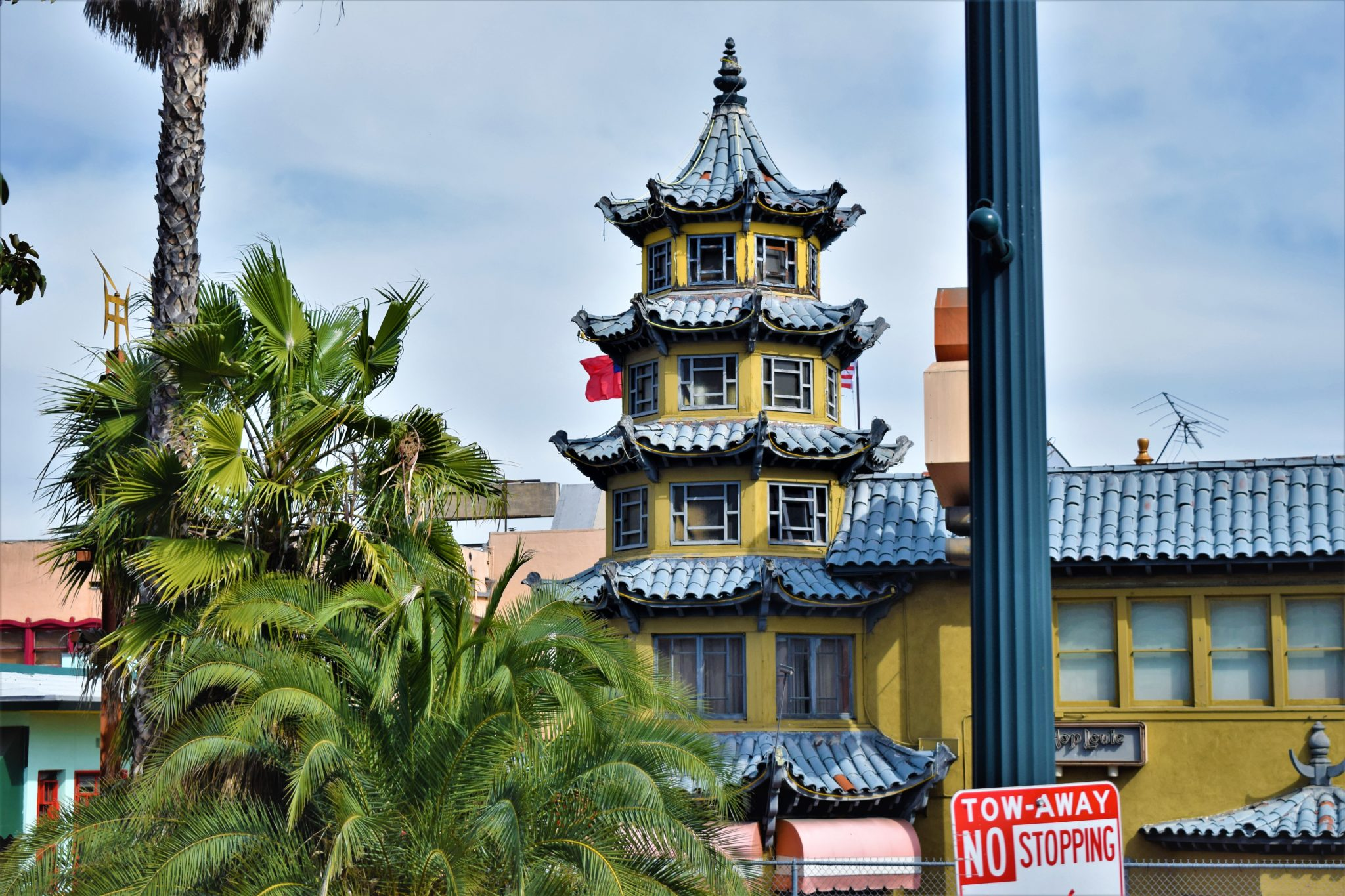 Architecture in Chinatown, los angeles, hop on hop off bus tour