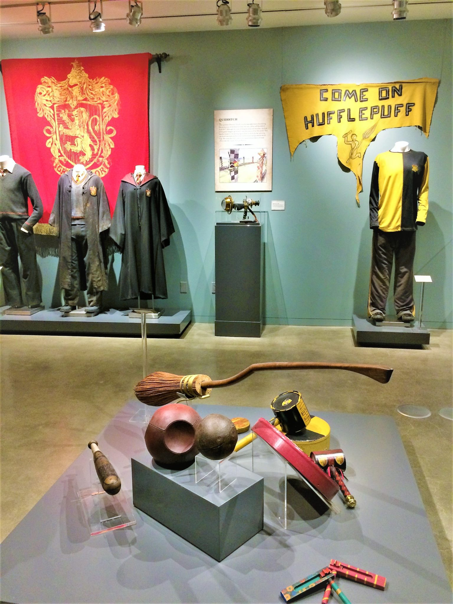 Harry Potter costumes, Warner Brothers Studios, Things to do in Los Angeles