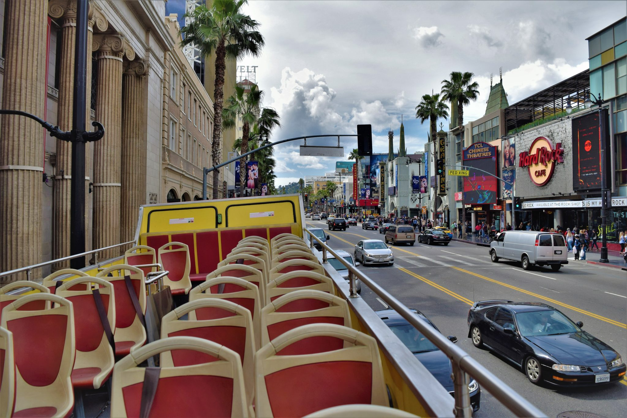 Hop Hop f Bus Los Angeles a detailed review