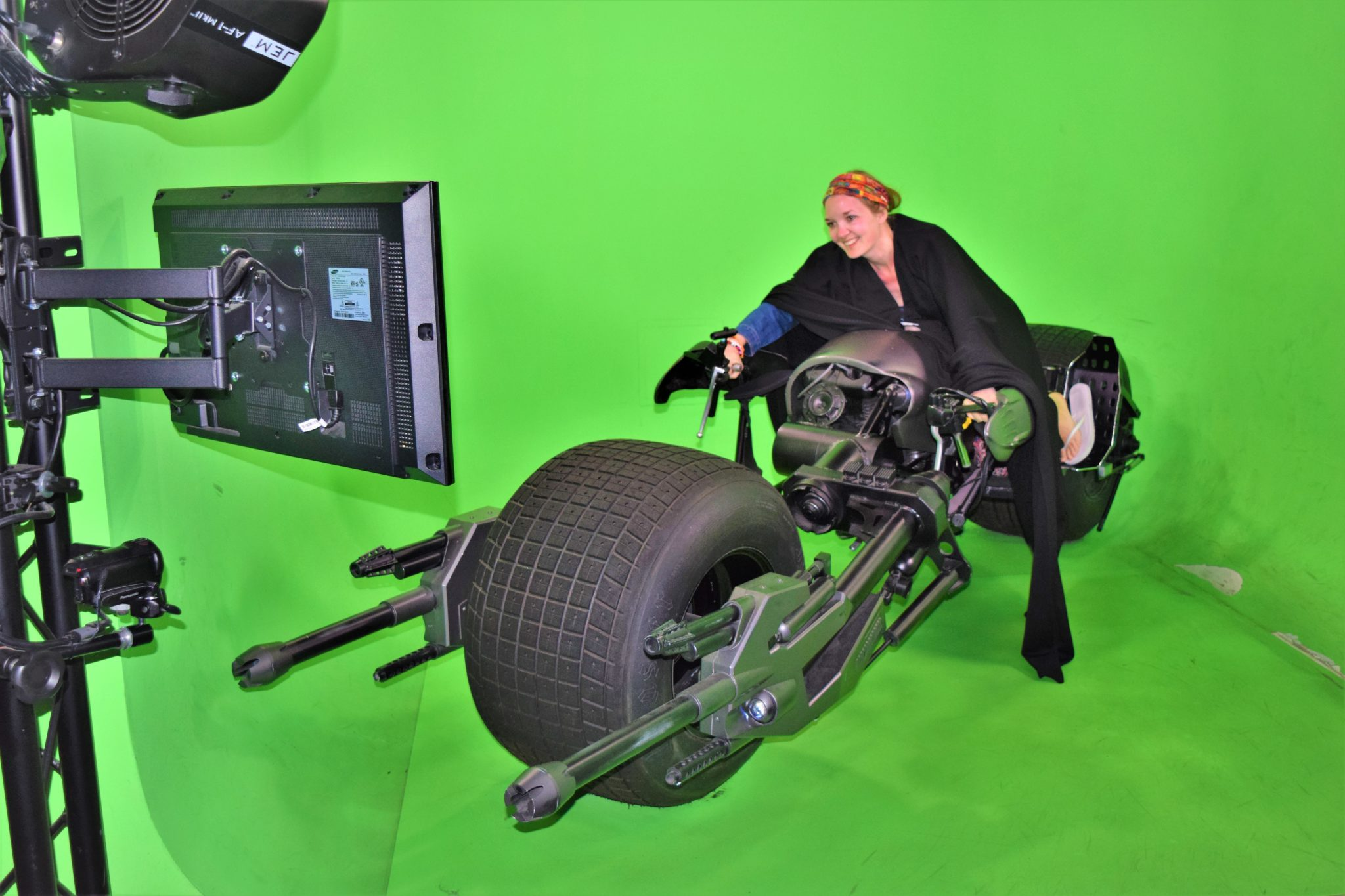 Warner brothers Studios batmobile simulator, things to do in los angeles