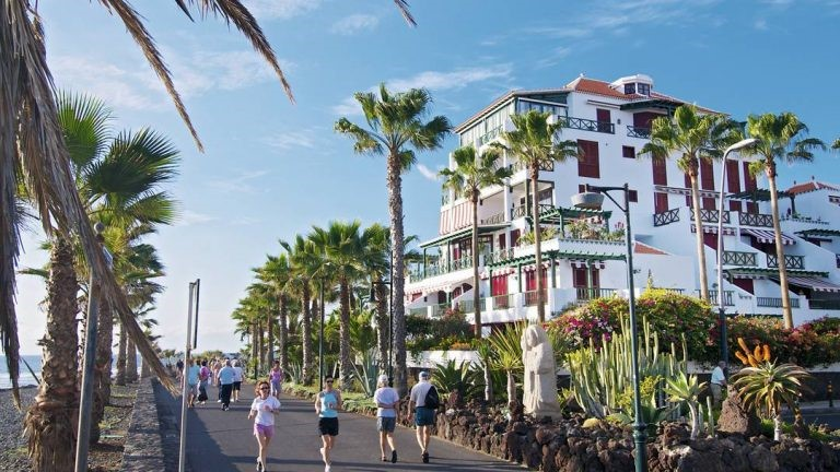 What to do in Tenerife beach