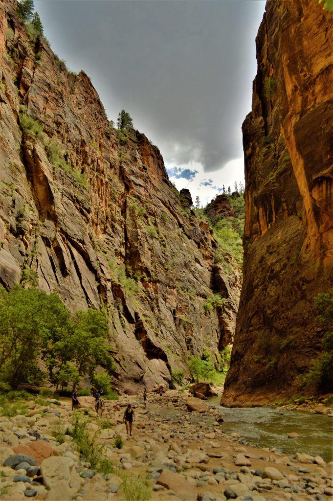 Cloud cover, rain zion narrows hike