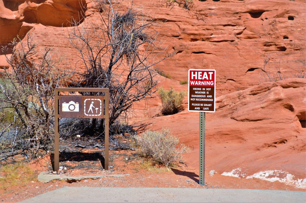 Heat warning sign, hiking not recommended, valley of fire state park, utah