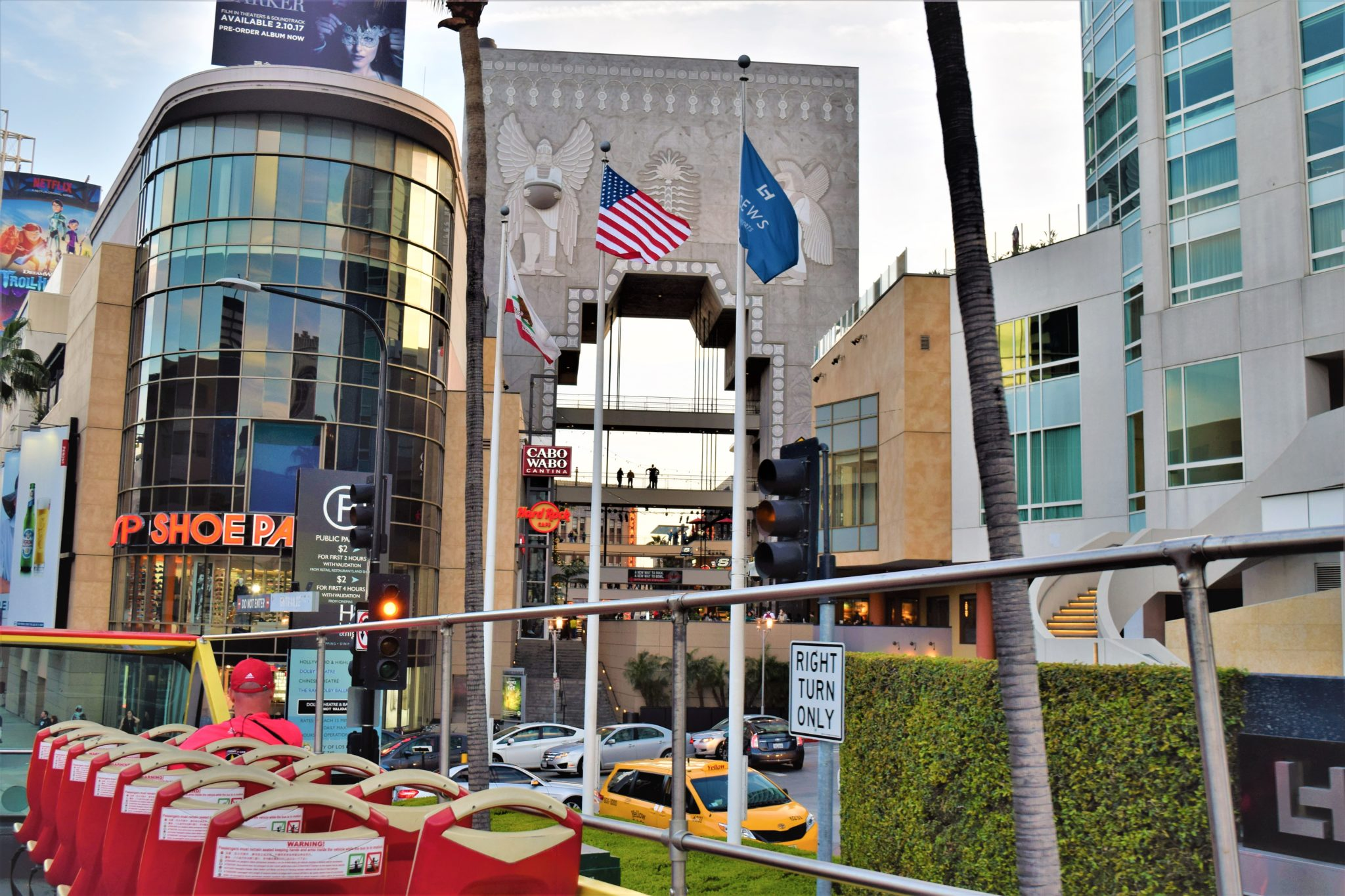 Hollywood Highland center, los angeles, hop on hop off us