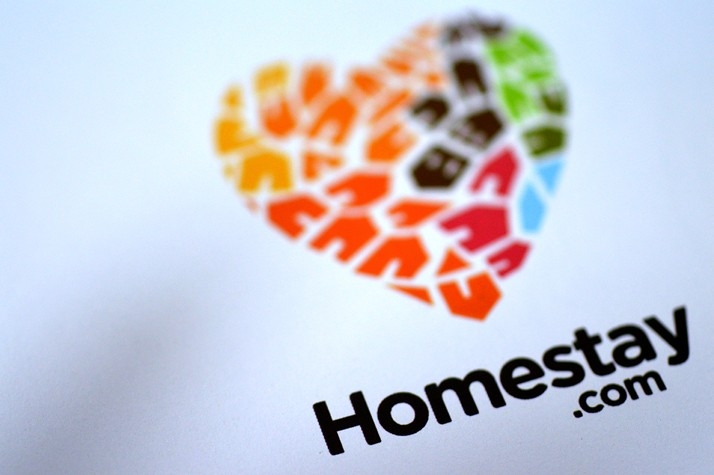 Homestays-logo3_714_475_90