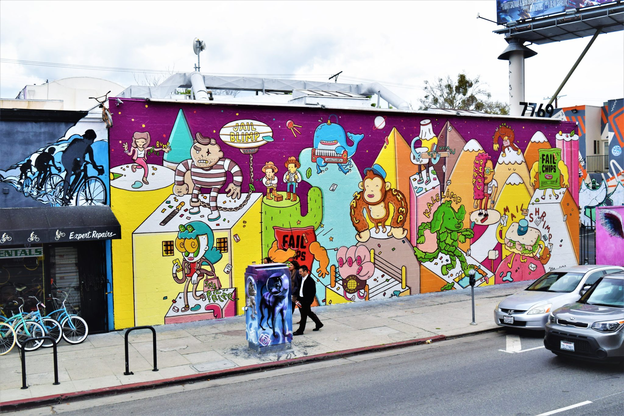 Melrose Avenue street art, free things to do in los angeles