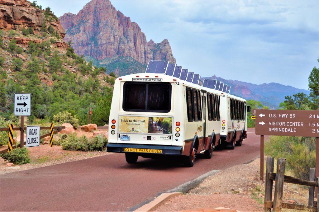 Zion shuttle bus, zion natonal park, utah
