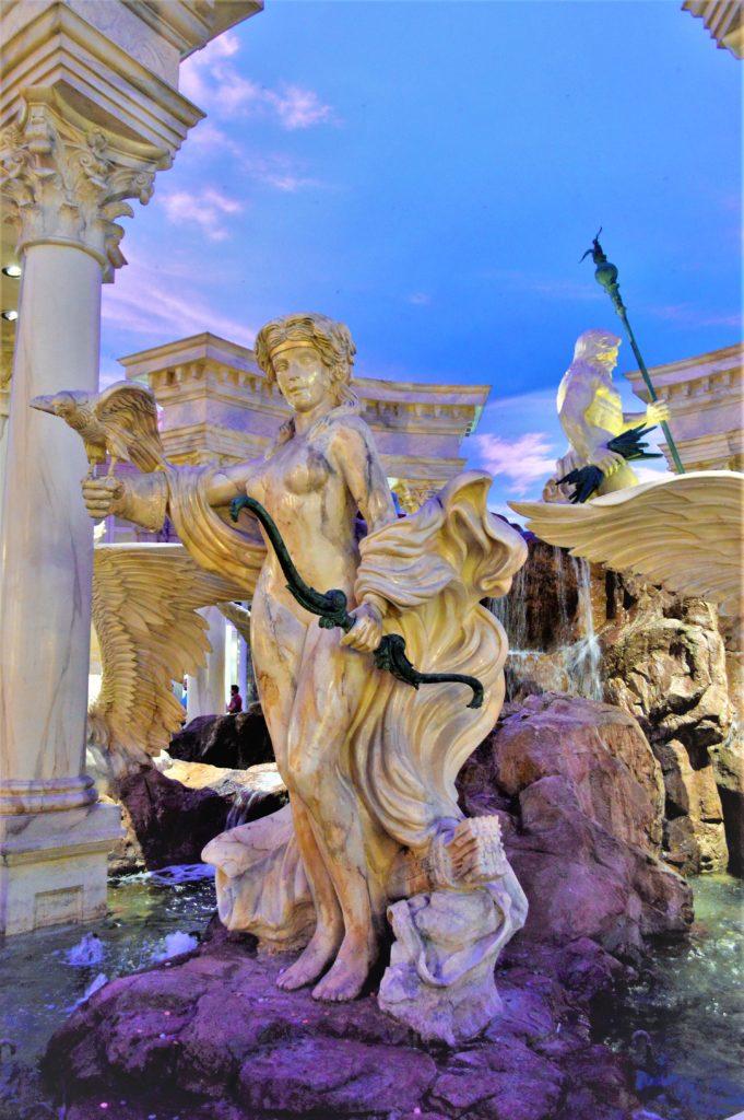 Atlantis show, free show in Caesar's palace, las vegas