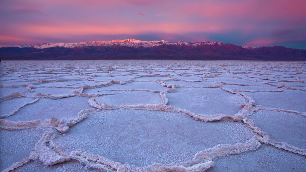 Sunset in Death Valley, Badwater Basin
