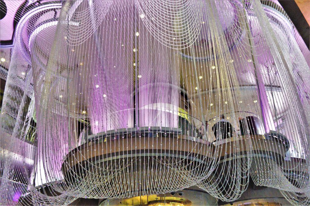 Crystal chandelir, cosmopolitan hotel, las vegas