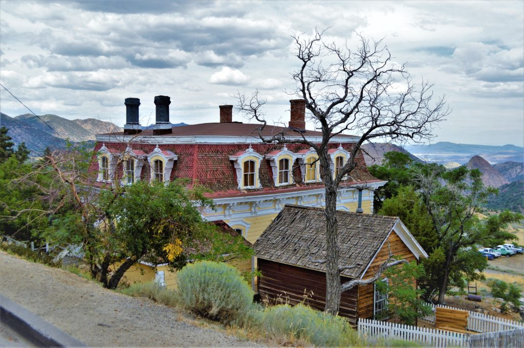 House in the mountains, Things to do in Virginia City
