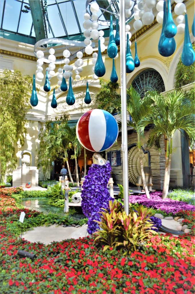 Seal and ball in the Bellagio flower garden, las vegas, nevada