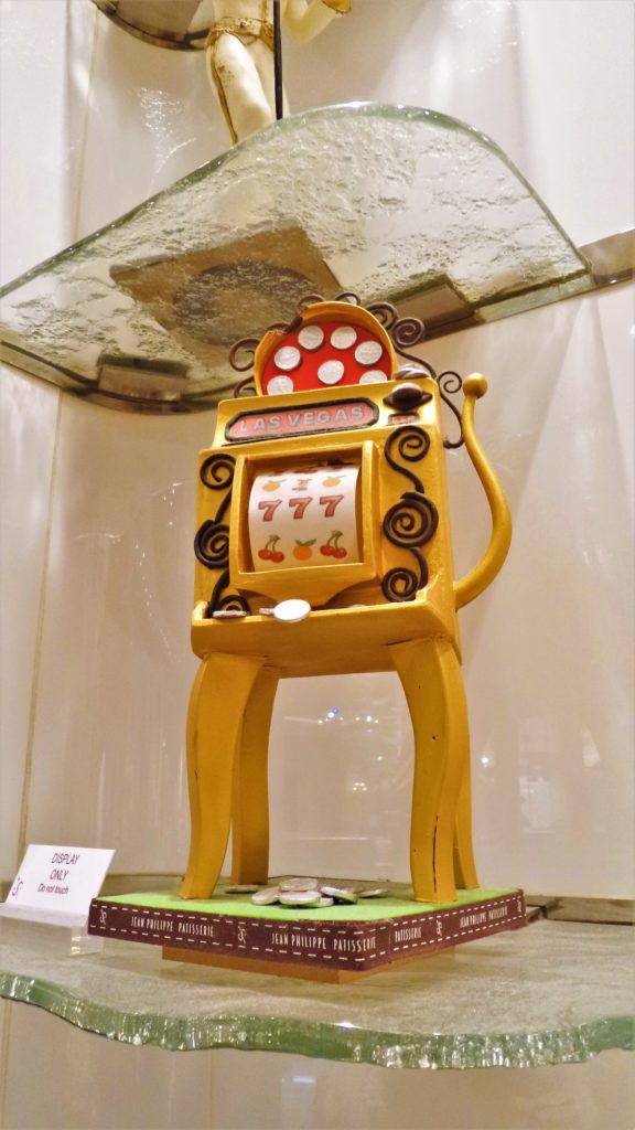 Slot machine cake, jean paul patisserie, bellagio, las vegas