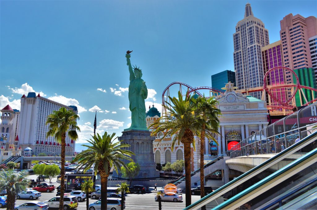 Statue of liberty in las vegas, on the strip in nevada
