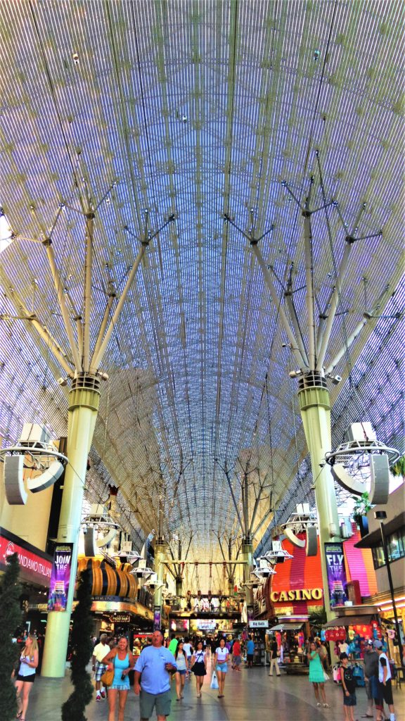 World's largest video screen, fremont street, free things to do in las vegas