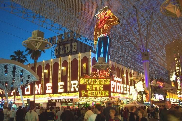 World's largest mechanical neon sign, las vegas