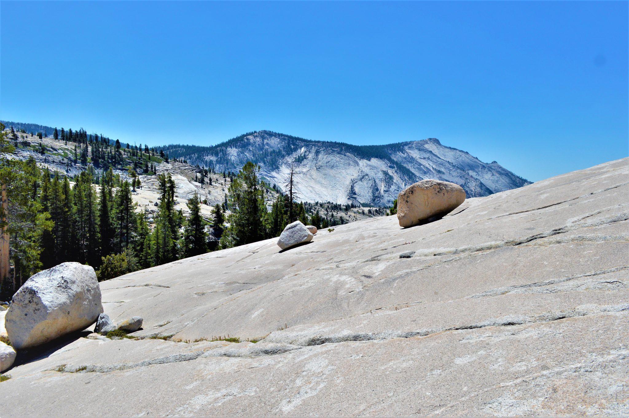 Cliff climbing, Yosemite National Park, California, things to do at yosemite