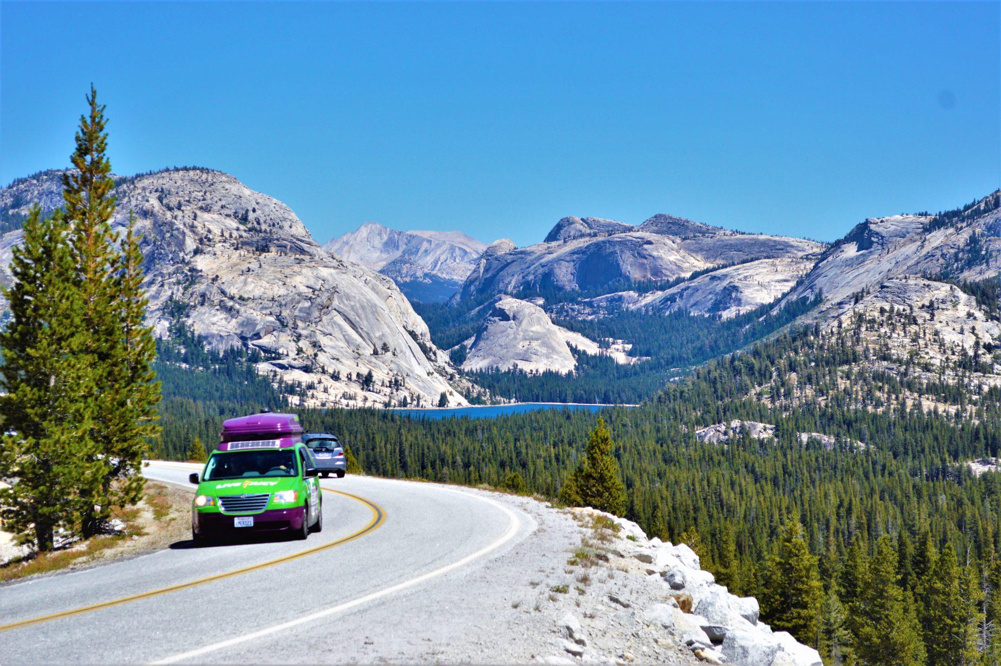 Road through Yosemite National Park, California, things to do at yosemite