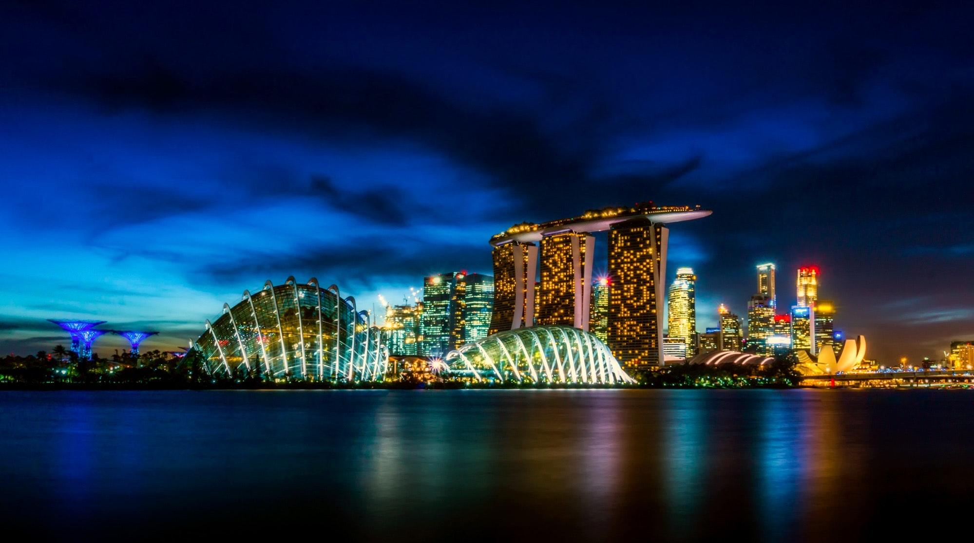 flights to Australia - Top layover destinations Singapore