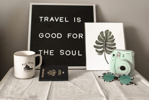 traveling alone tips