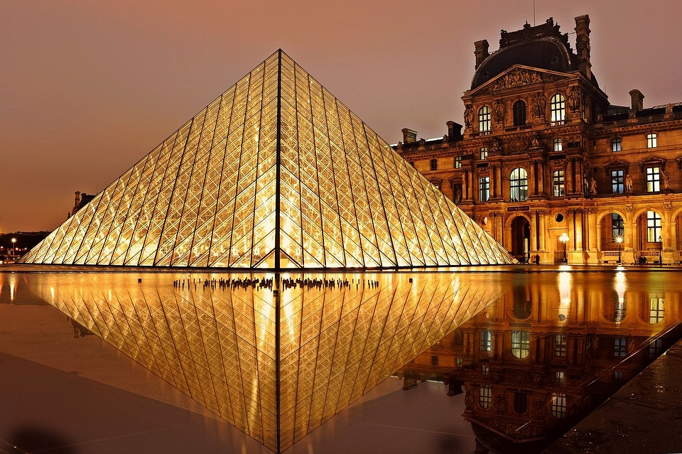 tips for visiting louvre paris